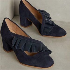 Anthropologie KMB Ruffle Shoe 8